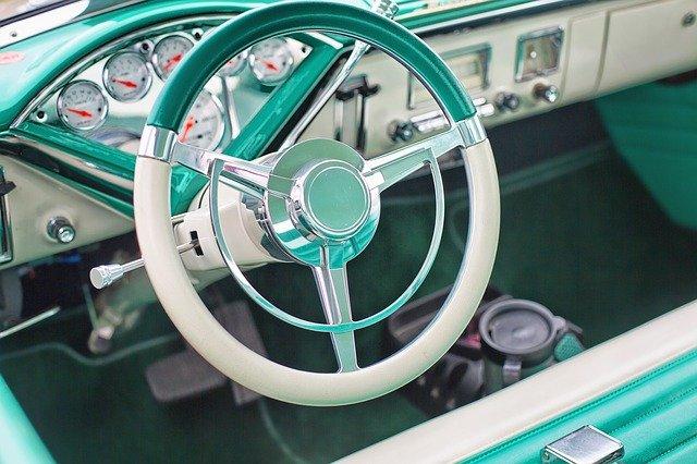volant voiture vintage