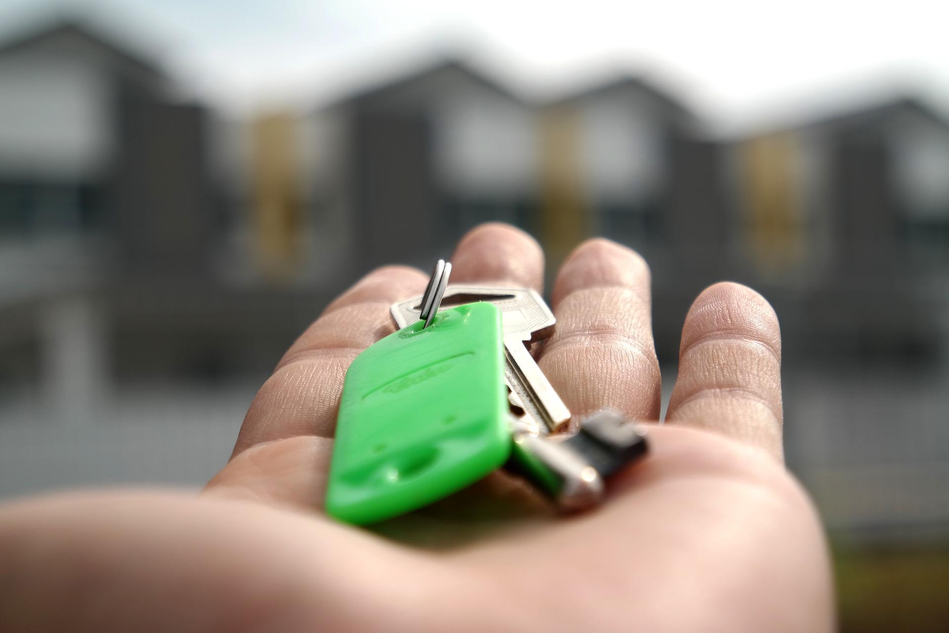 Guide efficace pour devenir agent immobilieret ouvrir sa propre agence