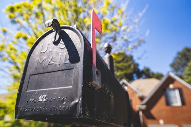 envoyer courrier rapidement