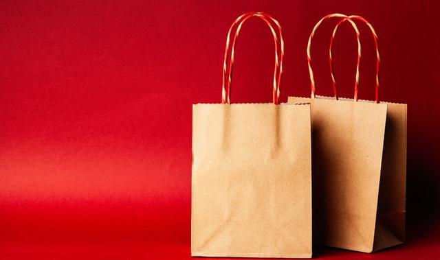 confectionner un sac dans une boutique en ligne