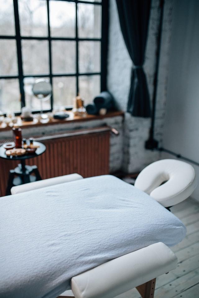table de massage plainte reiki