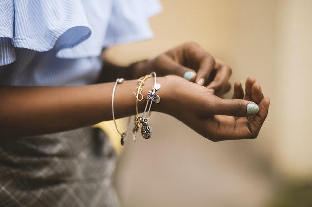 bracelet au motif tortue