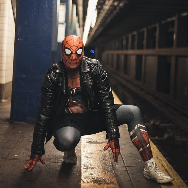 se déguiser en spiderman, pourquoi pas ?