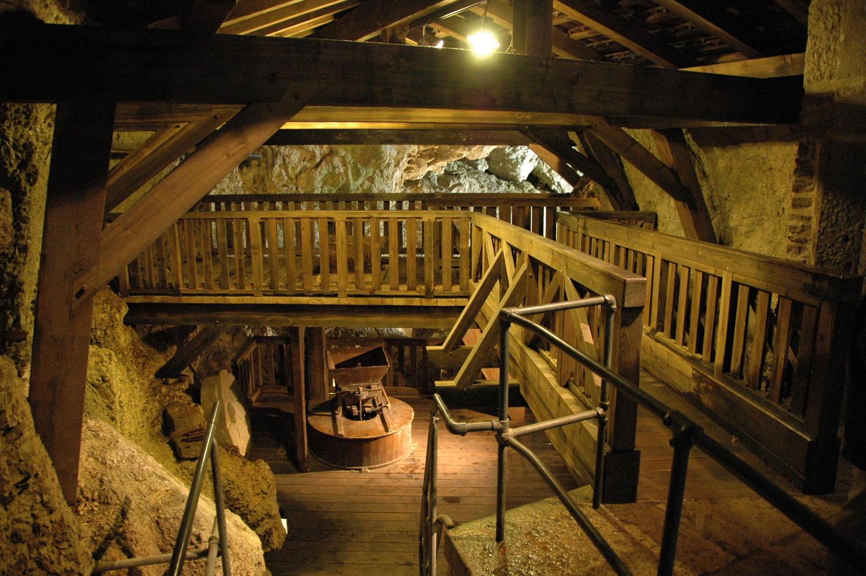 Moulins souterrains du Col-des-Roches 1