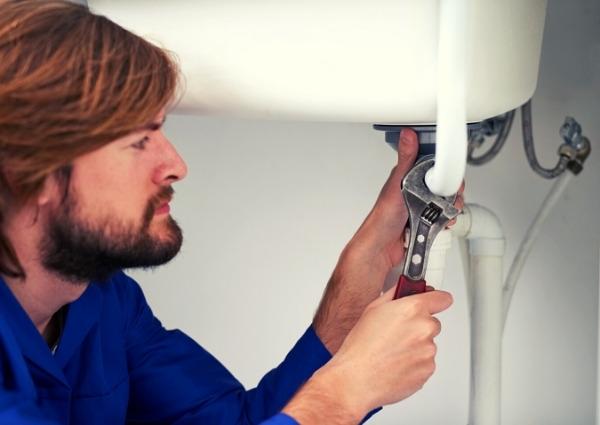 choisir un plombier pour une urgence dans Paris 1