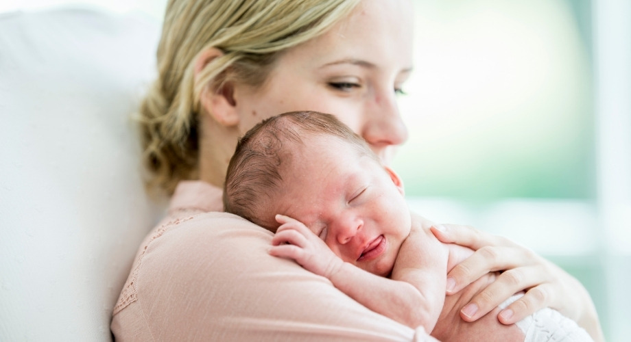 conseils à suivre si votre bébé pleure
